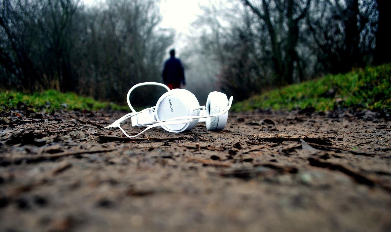 Lo que no te cuentan sobre aprender inglés con música