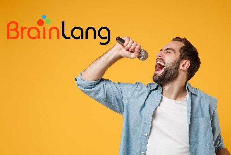 Aprende inglés cantando como en un Karaoke